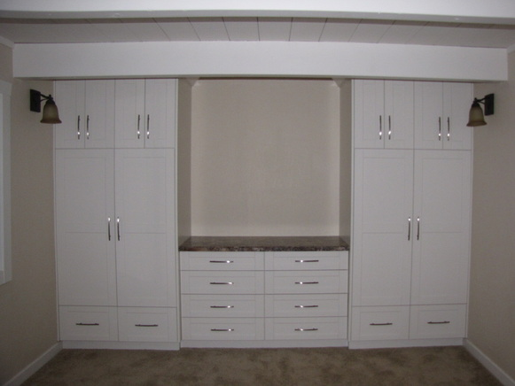 Wall Units - Machnee Custom Woodworking